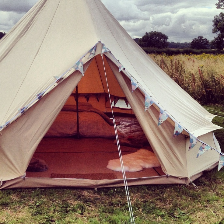 Bell tent glamping in Yorkshire. http://glampit.com/uncategorized/autumn-glamping/