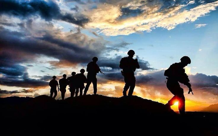 Best 20 Soldier Silhouette Ideas On Pinterest Military