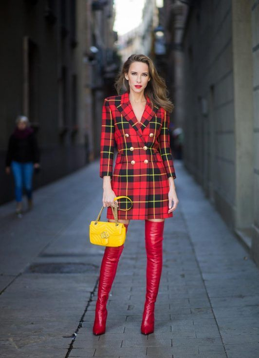 fec98b9696a Alexandra Lapp wearing a look all about red