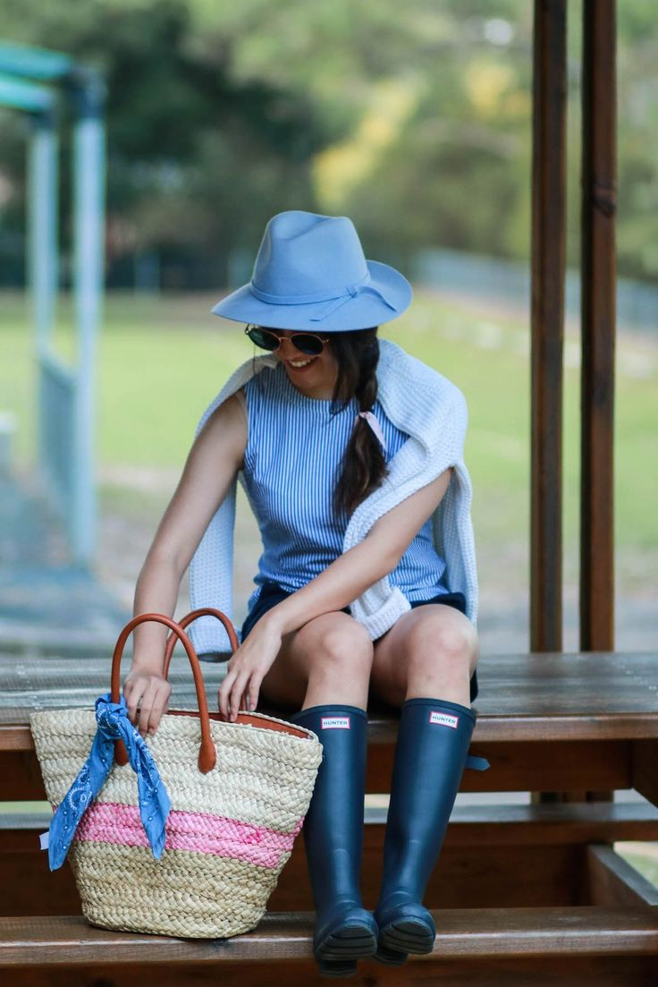 STYLE SMORGASBORD // A picnic outfit, Marcs blue striped tank, shirt, white waffle knit dotti jumper, navy adjustable calf hunter boots, karen, sydney, australia preppy style classic blogger, sports craft bag, blue felt, hat, how to style autumn spring fall outfit