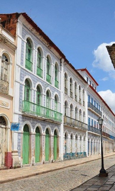 São Luís do Maranhão | Rua Portugal | fachadas com azulejos / tiled façades #Azulejo #TiledFaçade #Padrão #Pattern #Brasil #Brazil