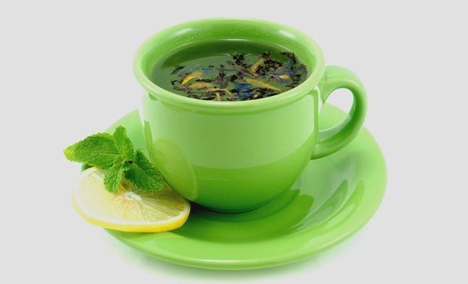 Toner Green Tea untuk Atasi Wajah Berminyak dan Berjerawat  Membersihkan wajah secara menyeluruh adalah kunci untuk mencegah komedo dan jerawat pada wajah. Toner alami dari green tea atau teh hijau mungkin solusinya!  toner alami,membuat toner alami,toner dari teh hijau,cara membuat toner green tea,manfaat green tea untuk kecantikan,toner green tea untuk jerawat,toner green tea untuk wajah berminyak,teh hijau sebagai toner,toner buatan sendiri dari teh hijau