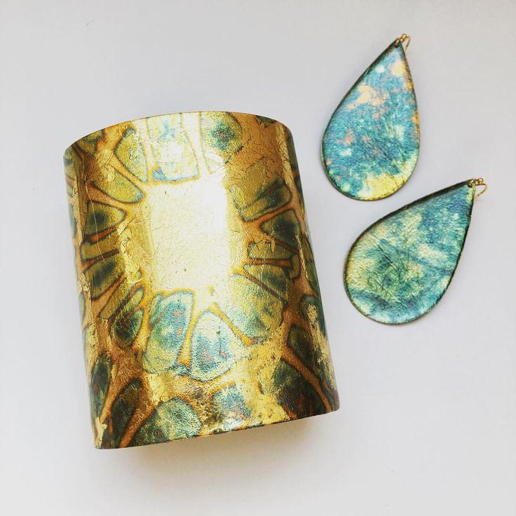 Our three inch Oceans cuff pairs well with our new Interstellar medium teardrop earrings! ✨ #evocateur #metalleaf #handmade #handcraftedjewelry