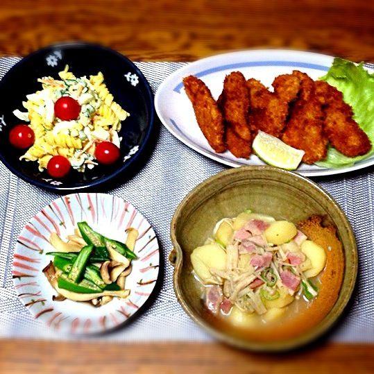 いいヒレ肉だったので、柔らかいカツでした。 Keikoさんレシピでジャガイモを煮ました。美味しかった〜。 - 94件のもぐもぐ - マカロニサラダ・ヒレカツ・Keikoさんの料理 東マルのうどんスープの素で・エリンギとオクラの焼き浸し by madammay