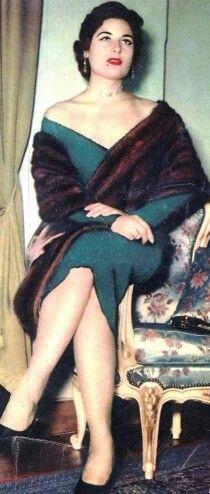 Egyptian actress Laila Fawzy   ليلى فوزي