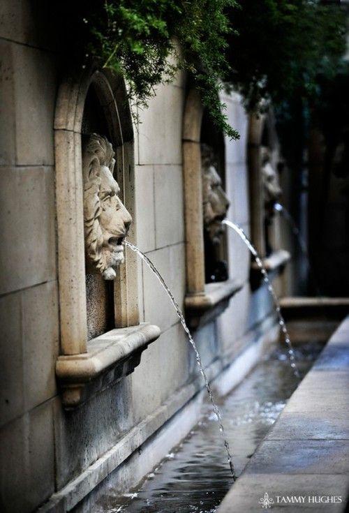 garden fountains still make a statement!