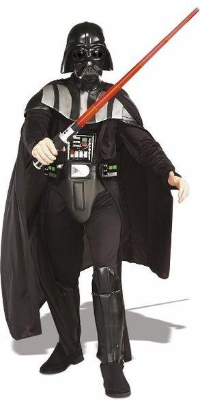 Darth Vader. Darth Vaderia pidetään ulkomuodoltaan yhtenä Tähtien Sodan vaikuttavimmista hahmoista. Hänellä on yllään musta kypärä, haarniska ja viitta. Sisältää: - Haalarin kiinteällä kauluksella, kengänpäällisillä ja rintapanssarilla - Viitan - Vyön - Maskin