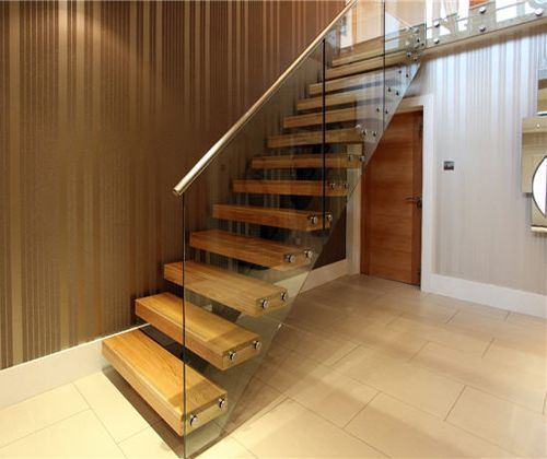 Floating Staircase Ideas: Spine Beam Stairs