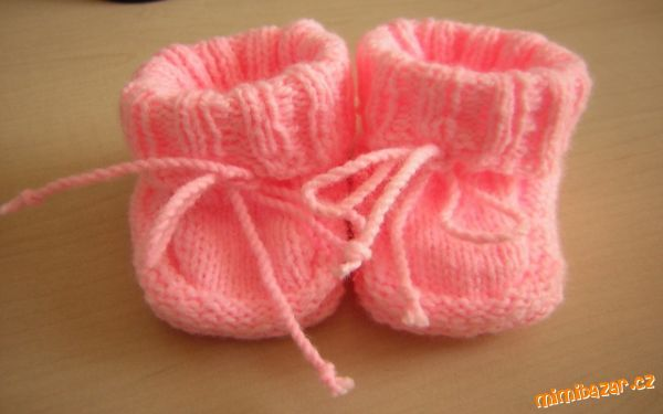 Pletené papučky pro mimi