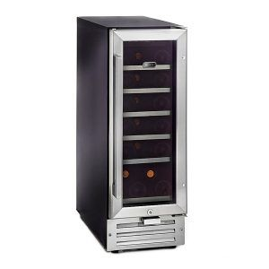 Top 5 Best Wine Refrigerator no. 4. Whynter BWR-18SD 18 Bottle Built-In Wine Refrigerator. You're probably tired of our harping on the fact that you can't take standalone wine coolers and use them in enclosed spaces. Well, it's time to celebrate; this Whynter model is the only one on our list of the top 5 best wine refrigerators that vents through the front, not the back or sides.