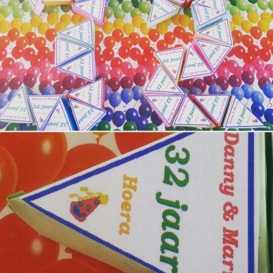 Bedankjes taartpuntjes (ook in andere kleuren)    Te bestellen bij KellieS Met inhoud (cake, snoep, rozijnen e.d.) 1,00  Prijzen zijn excl. BTW