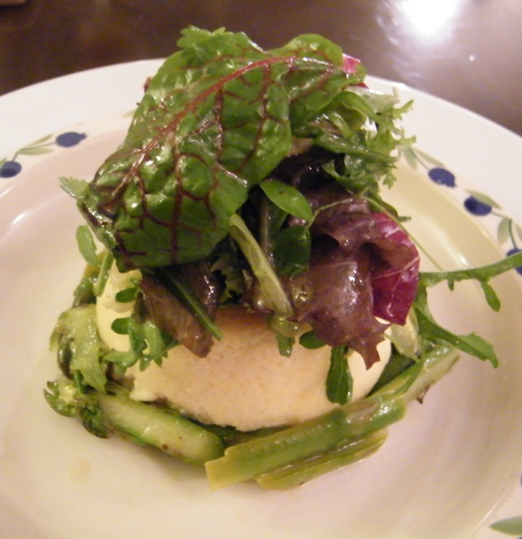 Cheese soufflé  w asparagus & truffle