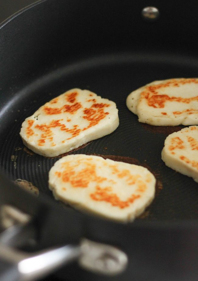 Ever wondered how to cook halloumi? Here's how to do it perfectly, to give you soft, crispy halloumi.