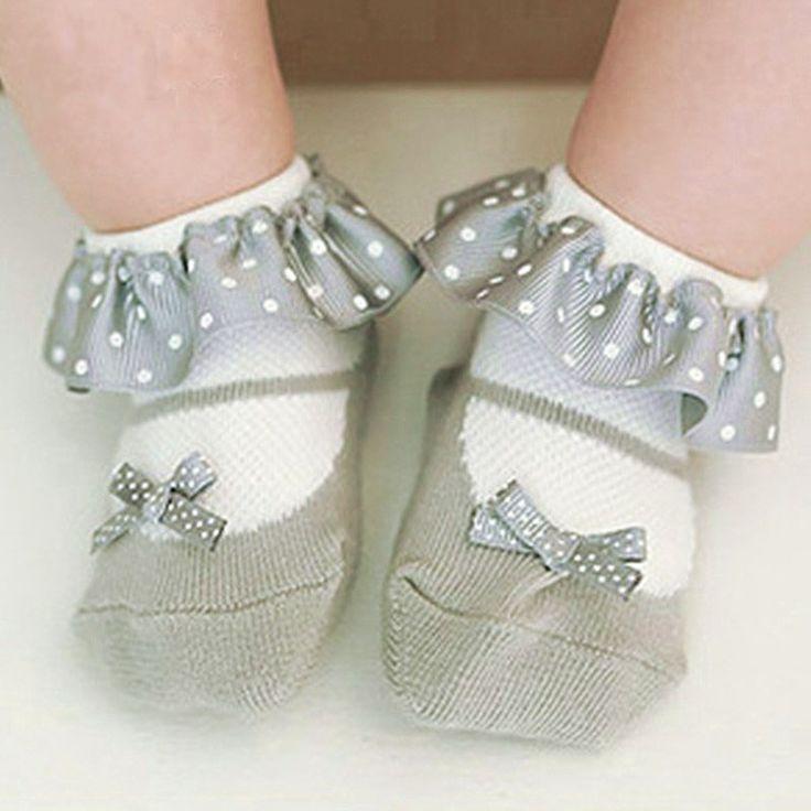 Купить 2016 новый девочка носки весной и летом вейвлет кружевные носки FTWS0101и другие товары категории Носкив магазине Ningbo chen bei Trading Co., Ltd.наAliExpress. носок стельки и носок кроссовки