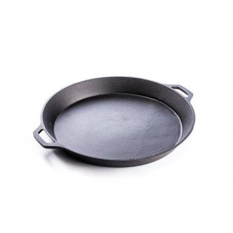 Valhal gietijzeren koekenpan met twee handvaten en een diameter van 50cm.