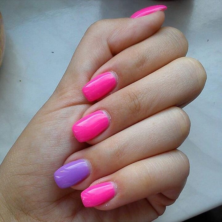 Mani by Ola:) Intensive Pink  Bright Lavender #manibyola #manicurehybrydowy #semilac #semilacnails  #diamondcosmetics #ibd #ilovesemilac  #nailart #nailstagram #scra2ch by manibyola