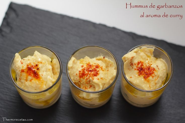Hummus de garbanzos al aroma de curry - http://www.thermorecetas.com/2014/02/24/hummus-de-garbanzos-al-aroma-de-curry/