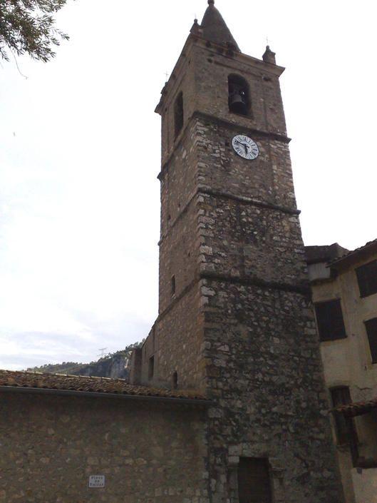 Le Broc - église