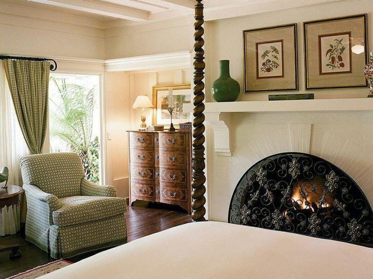 Where the Presidents Stay: 13 Hotels Good Enough for POTUS Four Seasons Resort The Biltmore, Santa Barbara Santa Barbara, California