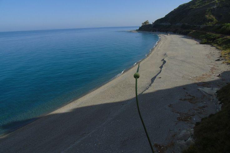 Spiaggia di Africo - tutti i diritti riservati a Domenico Familiari