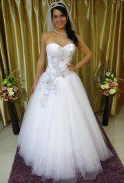 Fehér esküvői ruha (2. oldal) - Menyasszonyi ruha - eternityszalon.hu