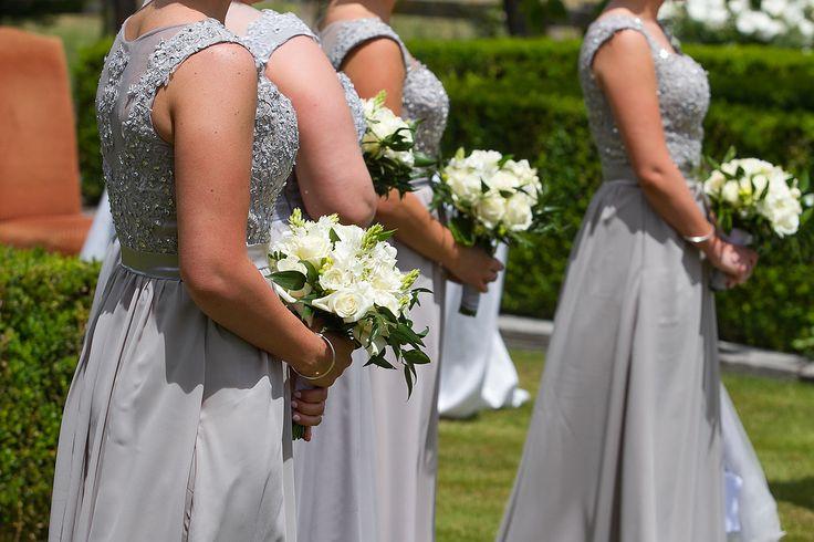 bridesmaids dresses and wedding flowers Martinborough Wairarapa @von photography