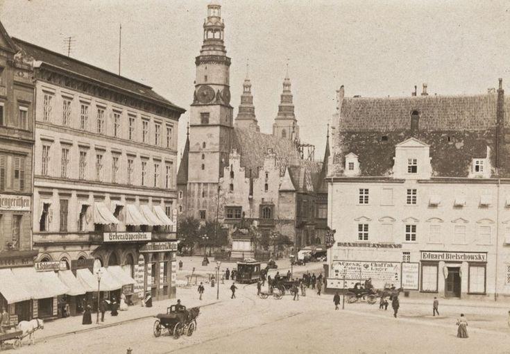 Zachodnia fasada ratusza, widok z pl. Solnego 1890
