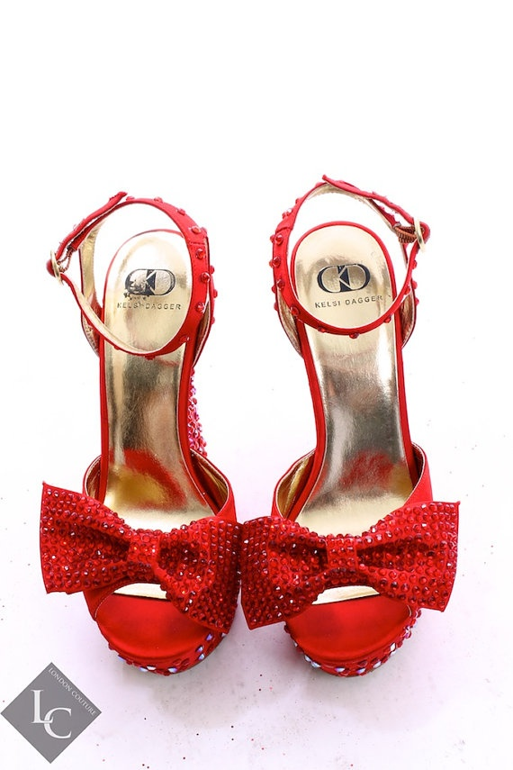 67 best images about there 39 s no place like home on pinterest ruby red ruby red slippers and - Wizard of oz doorstop ...