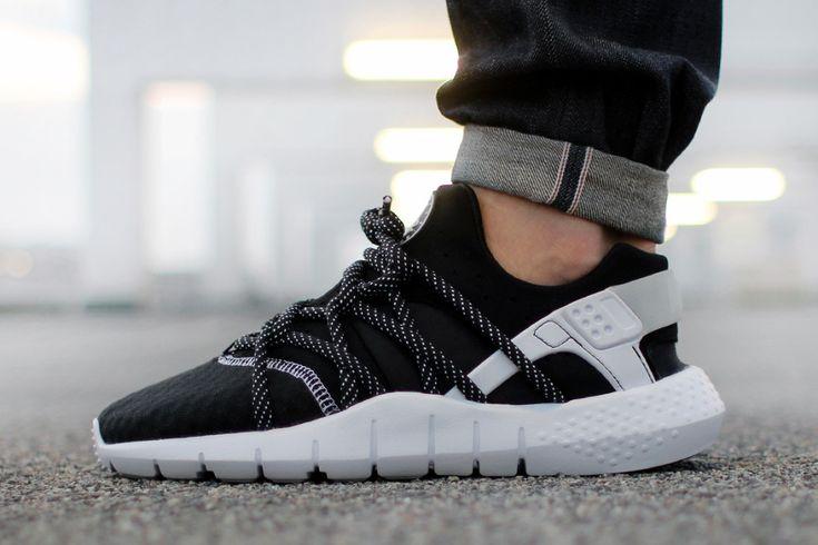 Mens Nike Huarache Shoes