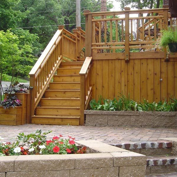 1000 images about deck and backyard privacy ideas on for Privacy planters for decks