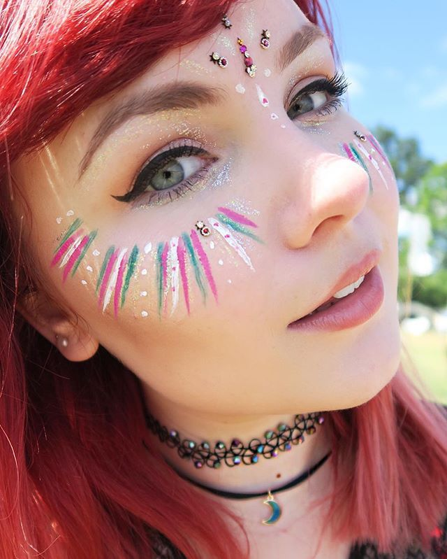 Makeup and jewellery details for day 2 at @wildernesshq with @accessorize…
