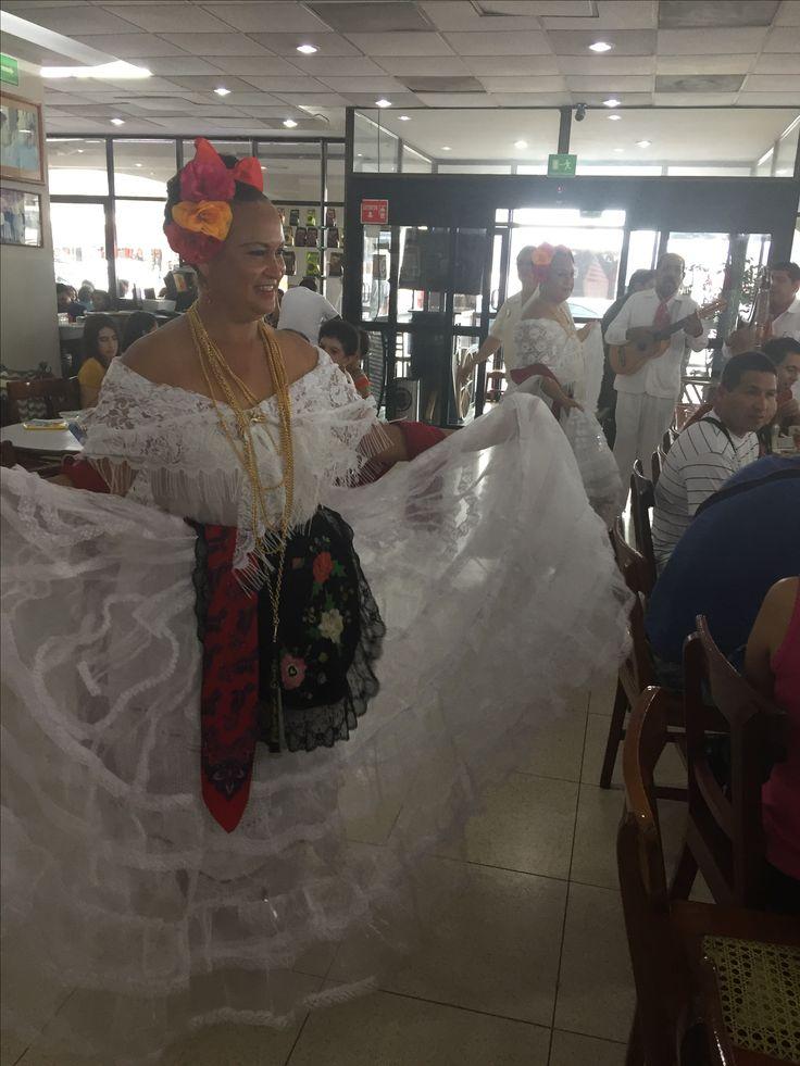 Jarochas en Café la Parroquia en Veracruz, Veracruz. Mexico