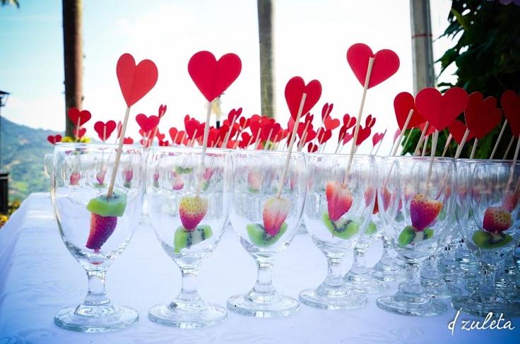 Wedding cocktails  Cocteles Boda / Photography by: Diana Zuleta / visita: dzuletafotografiadebodas.com