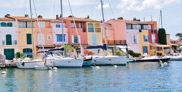 85 best port grimaud images on pinterest beautiful places frances o 39 connor and provence - Location port grimaud pas cher ...
