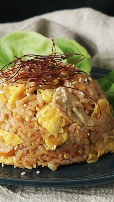 ふわふわ卵のキムチチャーハン  炊飯器でパラパラチャーハンが失敗せずに作れる!卵を後から入れる事でふわふわに♪