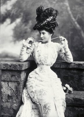 """Lilly Langtree aka as """"The Jersey Lily"""" actress 1853-1929"""