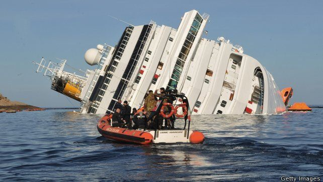 The prison sentence against the former captain of the Costa Concordia cruise liner for his role in the deadly 2012 shipwreck has been upheld by an Italian court.    Both Francesco Schettino, who was commanding the ship