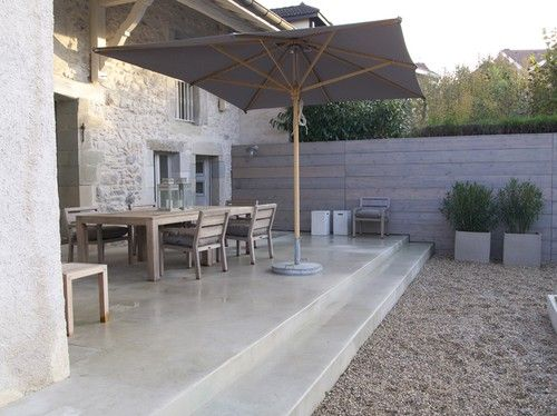 cemento pulido en terraza y escalones.