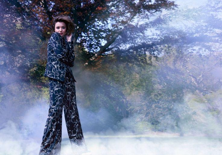Marella presenta la nuova linea abbigliamento autunno-inverno 2016-17, dedicata alla donna moderna, vivace e libera, moderna ed elegante!