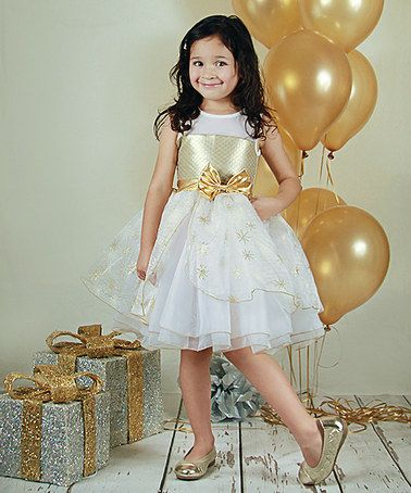 Another Great Find On Zulily White Amp Gold Christmas