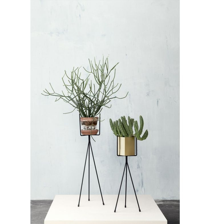 ferm LIVING - Plant stand - large