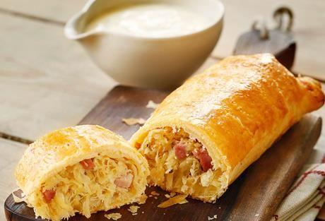 Einfach Gut Essen » Sauerkrautstrudel mit Selchfleischwürfeln » Finden Sie einfach gute Rezeptideen für jeden Tag, die Ihnen das tägliche Kochen leichter machen. » Einfach Gut Essen