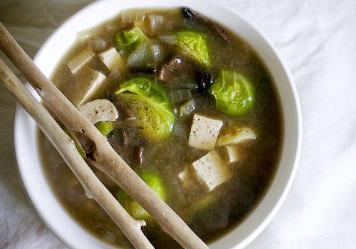 recept voor misosoep met spruitjes en tofu