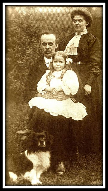 John Harper, passenger on Titanic with his daughter and niece, was a Baptist preacher on his way to the U.S. On the tragic night, he put them in a lifeboat before he perished.