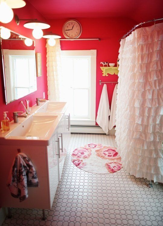 309 best images about pink bathrooms on pinterest for Teen bathroom pictures