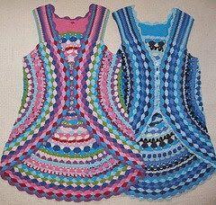 free crochet patterns ༺✿ƬⱤღ  http://www.pinterest.com/teretegui/✿༻