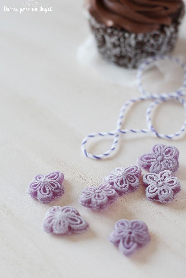 Dulces para un Angel: Cupcakes de chocolate y violetas