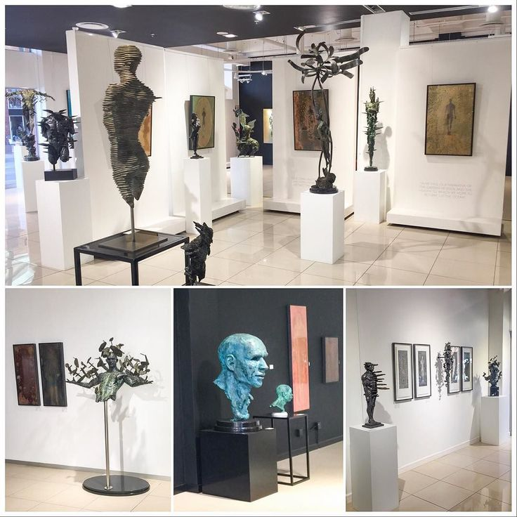 I went to the Melrose Gallery yesterday after my RMB installation to have a look at @trzebinski_sculpture exhibition. Well worth a visit if you are in the area! #exhibition #trzebinski_sculpture #melrosegallery