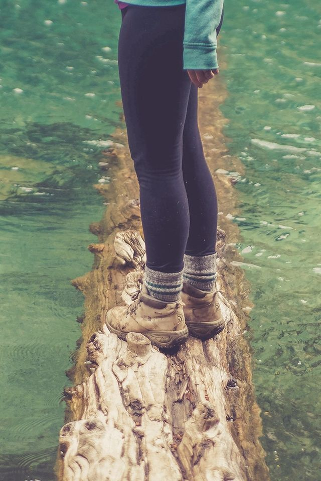Girlfriend Lake Green Nature Water Cold #iPhone #4s #wallpaper