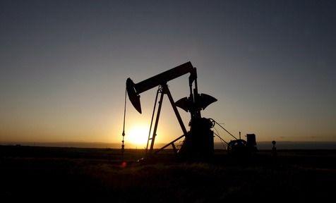 Campo de extração de petróleo em Ponca City, Oklahoma (foto: ANSA)